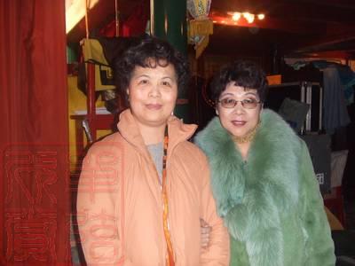 左:北京单弦弦师李建枢