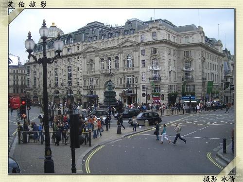 不过,在伦敦购物并不见得便宜,尤其是在牛津街这个铺租昂贵的地段.